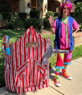 Hire our artist clown to play great games with the kids while the artist makes balloons and does face painting for Houston area birthday party. Skeeball, feeding peanuts to the elephant, shooting gallery, and the can toss all come with this package.