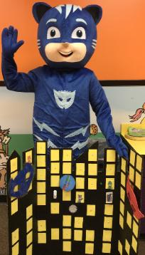 Rent a Houston superhero party mascot with excellent games that relate to the tv show for your childs birthday parties.