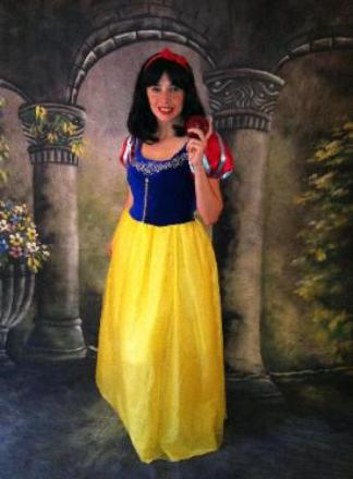 cypress snow white  princess birthday party